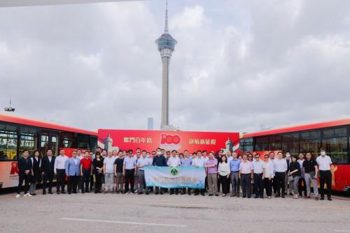 本會出席中國共產黨成立100周年巴士上線儀式及參觀中國共產黨100週年黨史展